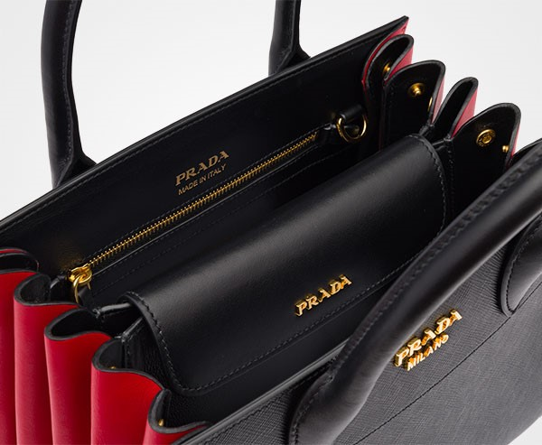 5332e2e943ac Prada launches elegant Bibliotèque bag - Chic Journal