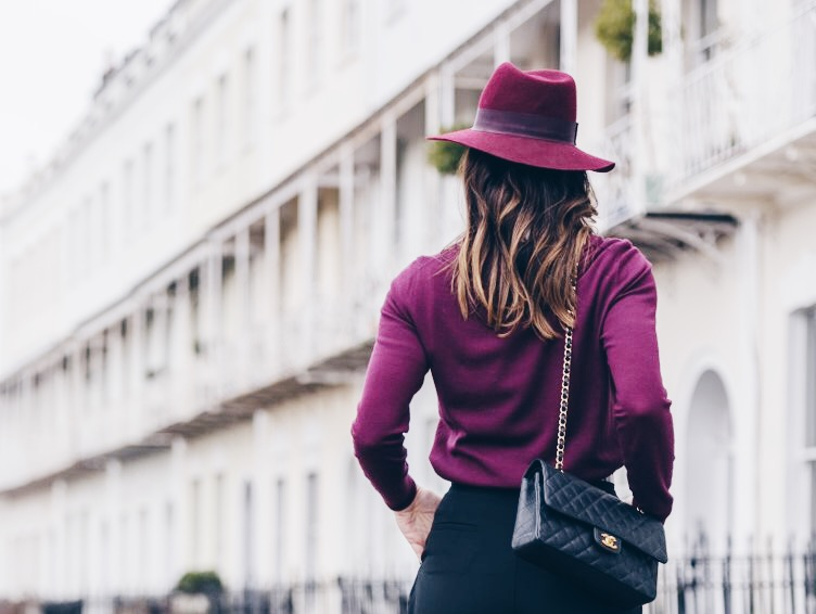 Hat as an ultimate accessory and rules how to choose the right hat