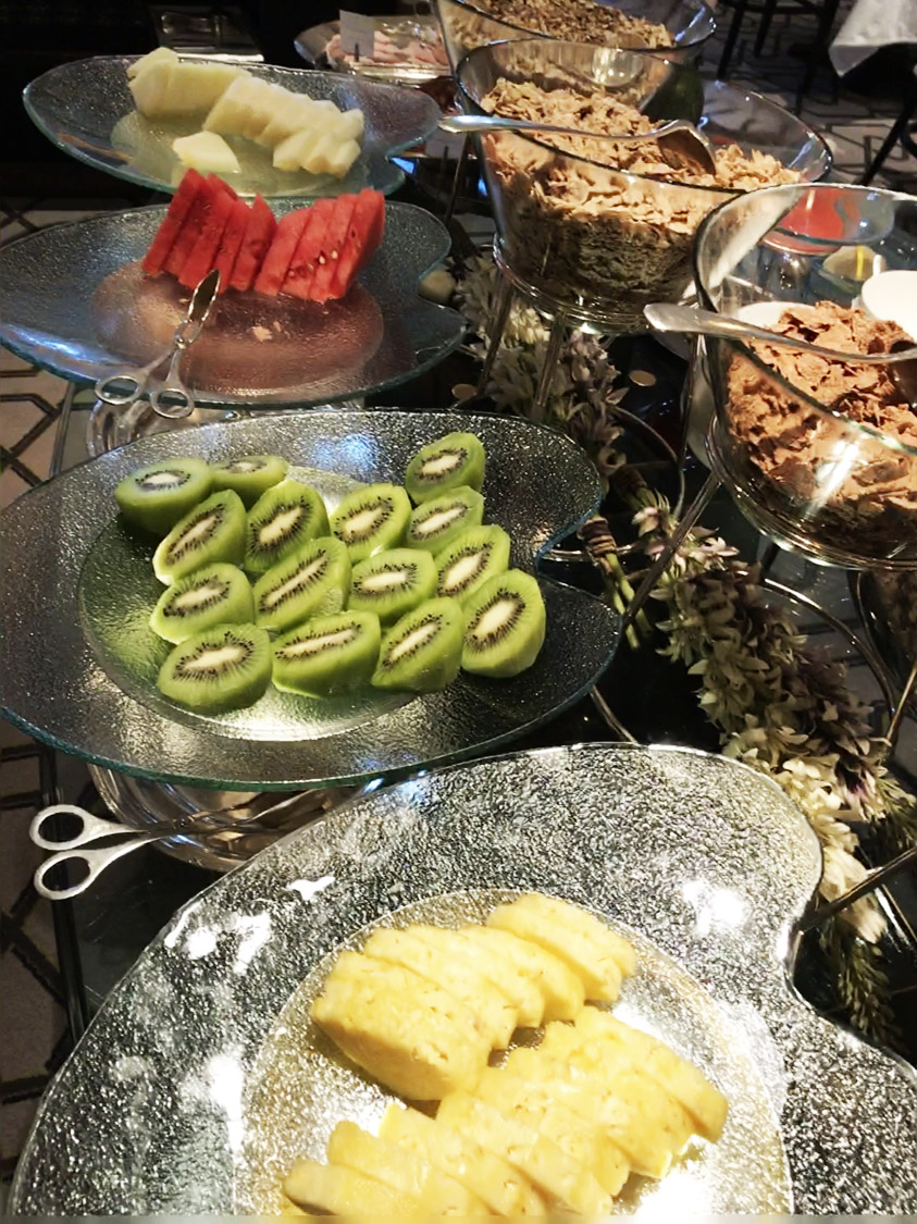 Villa Magna Hotel restaurant breakfast