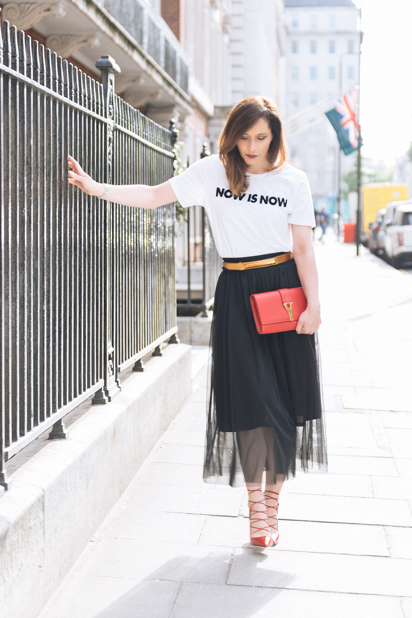 How to wear tulle skirt and look stylish