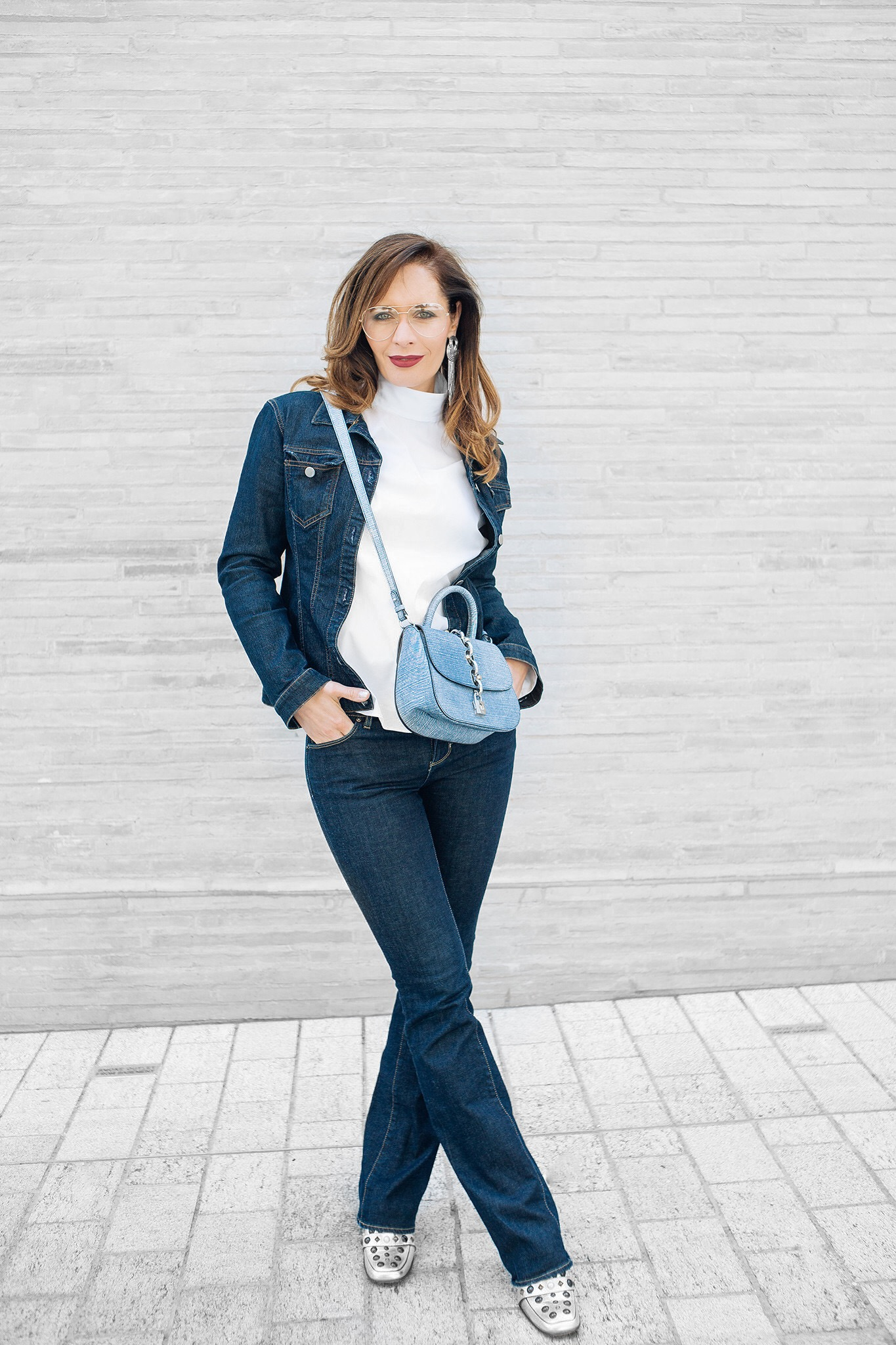 Petra from Chic Journal wears double denim and Louis Vuitton bag