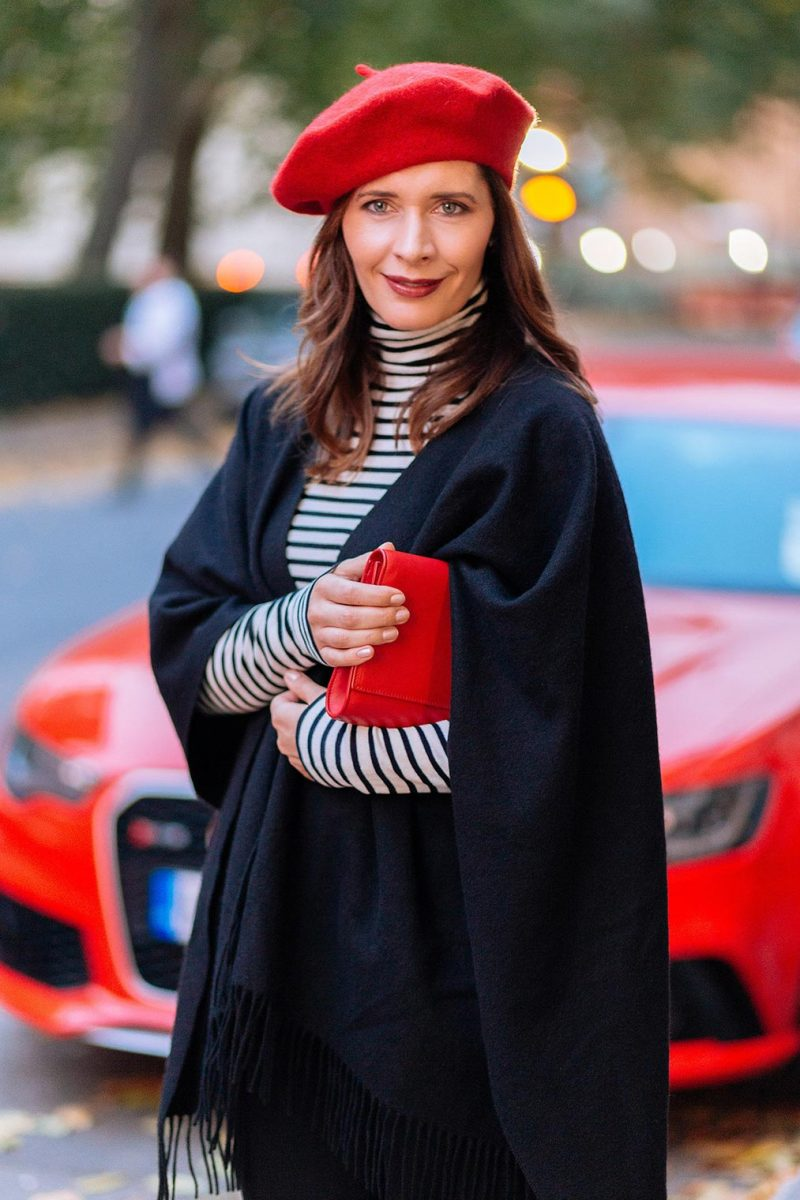 Petra from Chic Journal blog wears red beret and YSL clutch