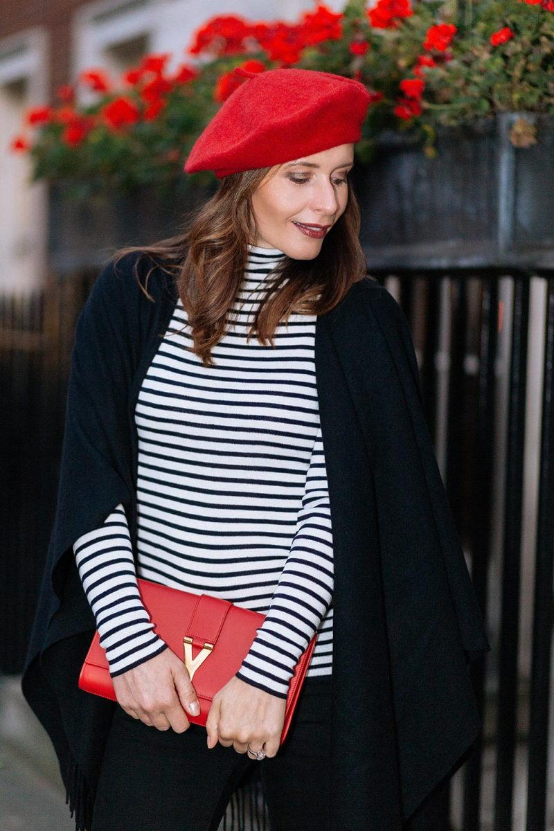 Chic Journal Petra wears red beret from Zara