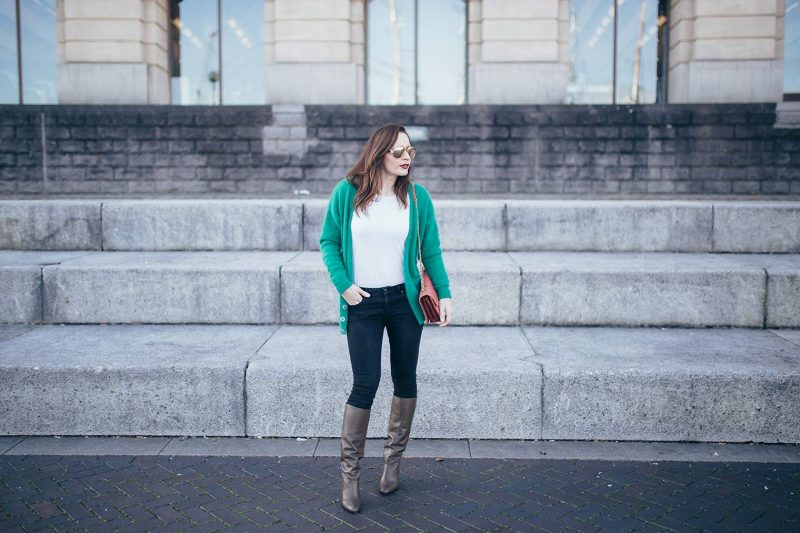 How to wear green cardigan by Chic Journal blog