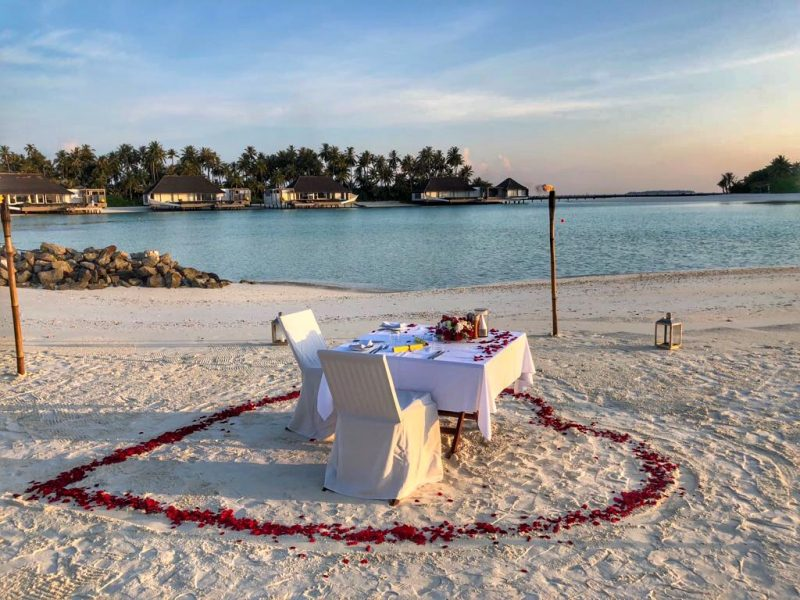 Cheval Blanc Randheli Maldives romantic dinner on the beach