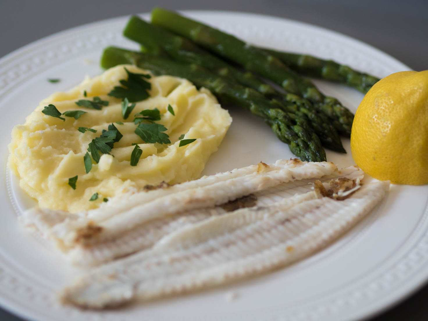 Dover Sole with mash potatoes and asparagus