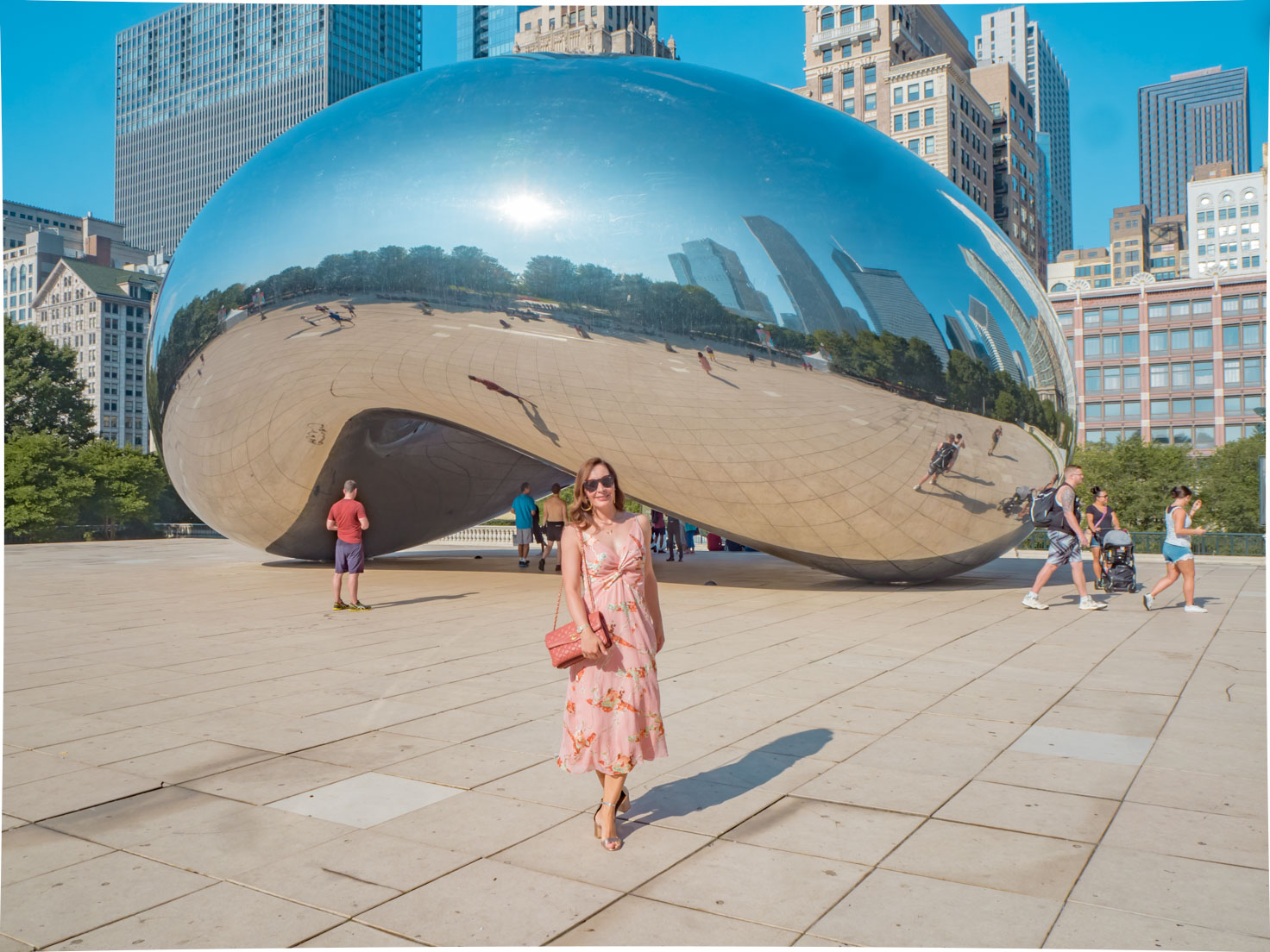 Chic Journal blogger Petra in front of Cloud gate at Millennium par in Chicago