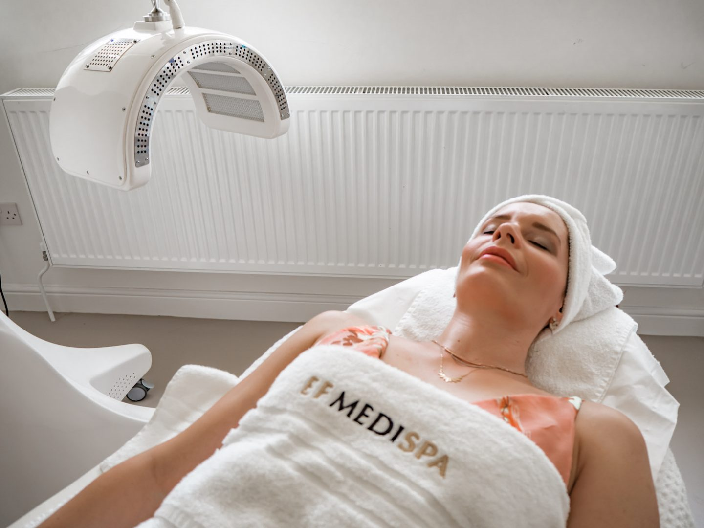 LED facial treatment and everything you want to know about it