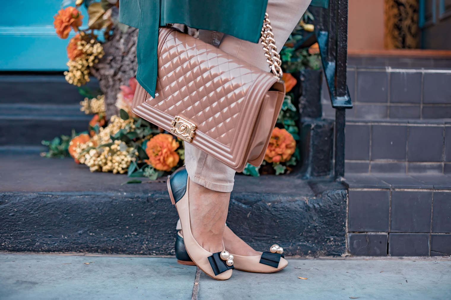 Chanel Boy bag Carolina Herrera shoes fall outfit inspiration