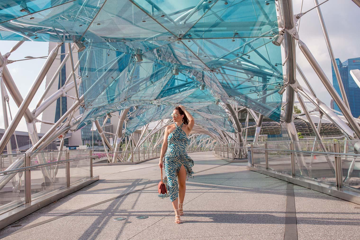 Helix bridge Singapore Marina Bay Sands
