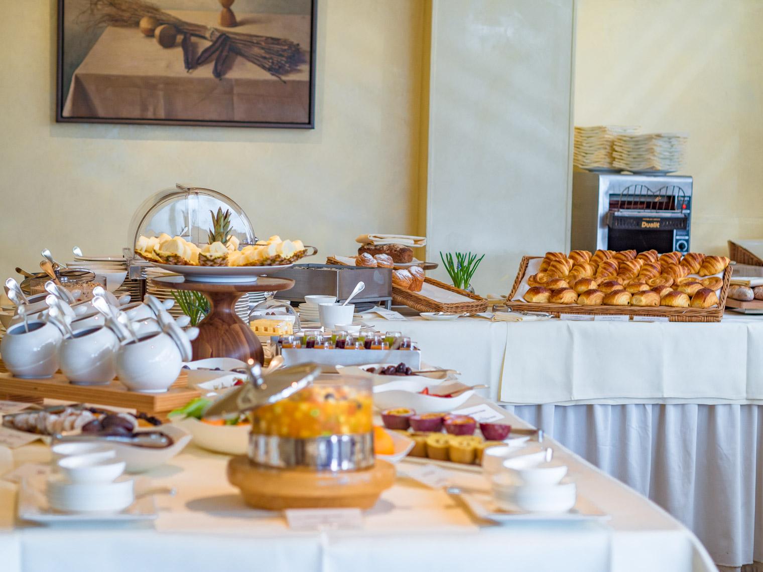 Breakfast at Belmond Le Manoir Aux Quat' Saisons Oxfordshire