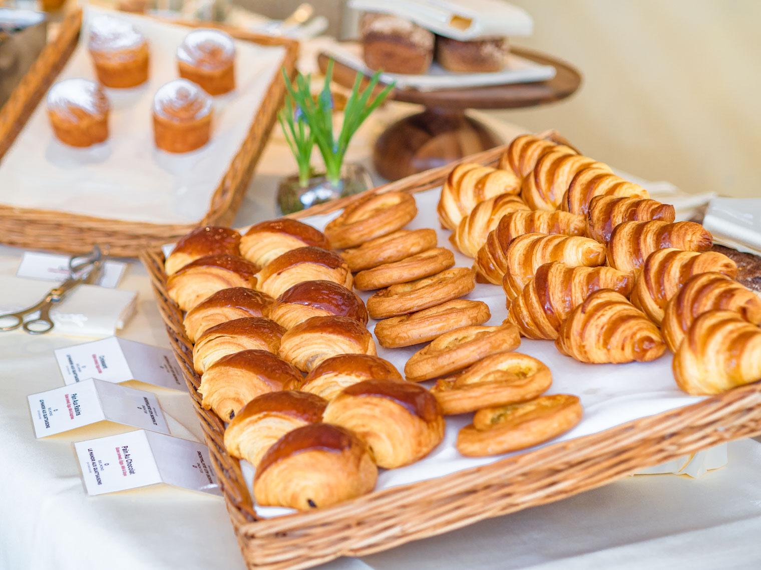 Belmond Le Manoir Aux Quat' Saisons hotel breakfast