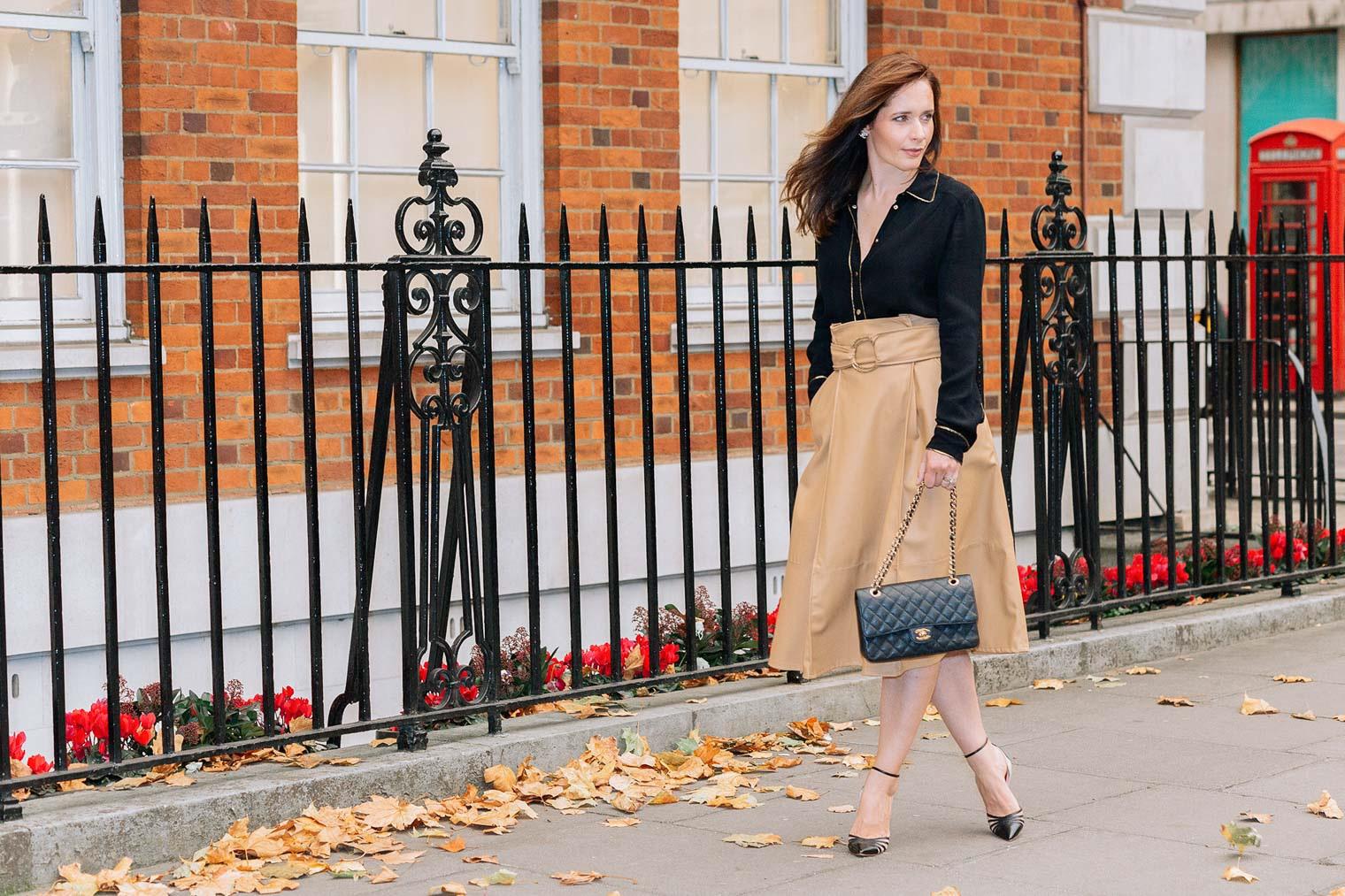 Faux Leather midi skirt beige
