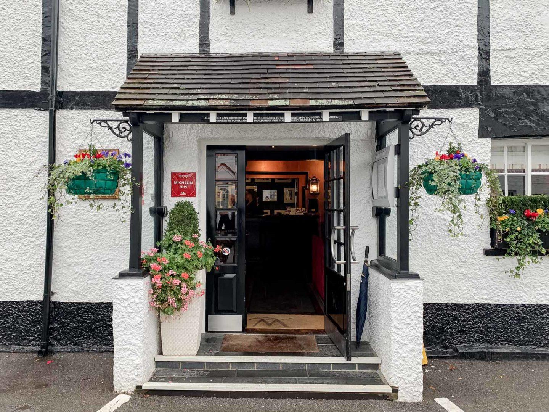 Restaurant review: 3 Michelin stars restaurant Waterside Inn at Bray